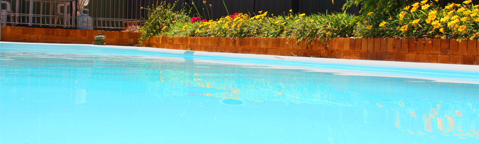 Relax by the pool at Camellia Motel - Narrandera NSW